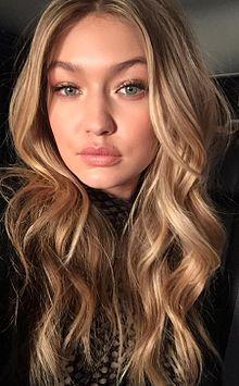 Gigi Hadid Warm Blonde Hair