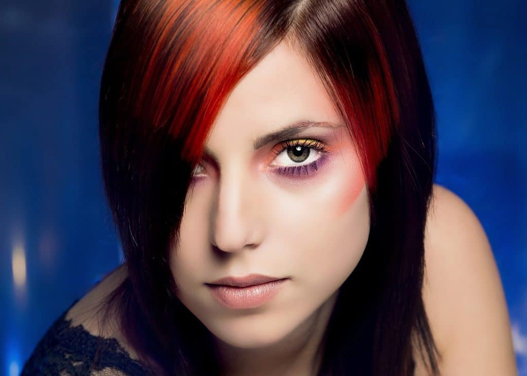 best brown hair with red highlights