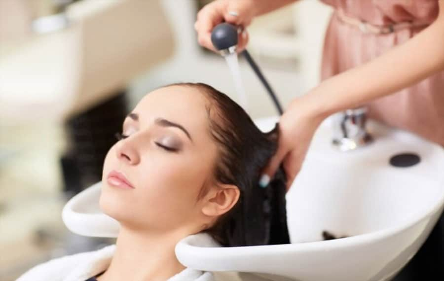 How to Create Lowlights on Hair