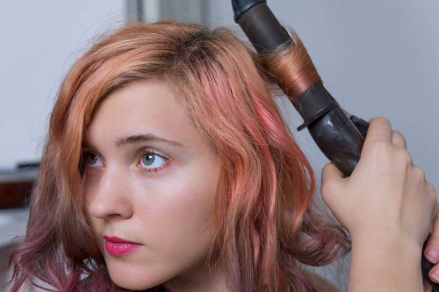 How to Use a Curling Iron: Step-by-Step