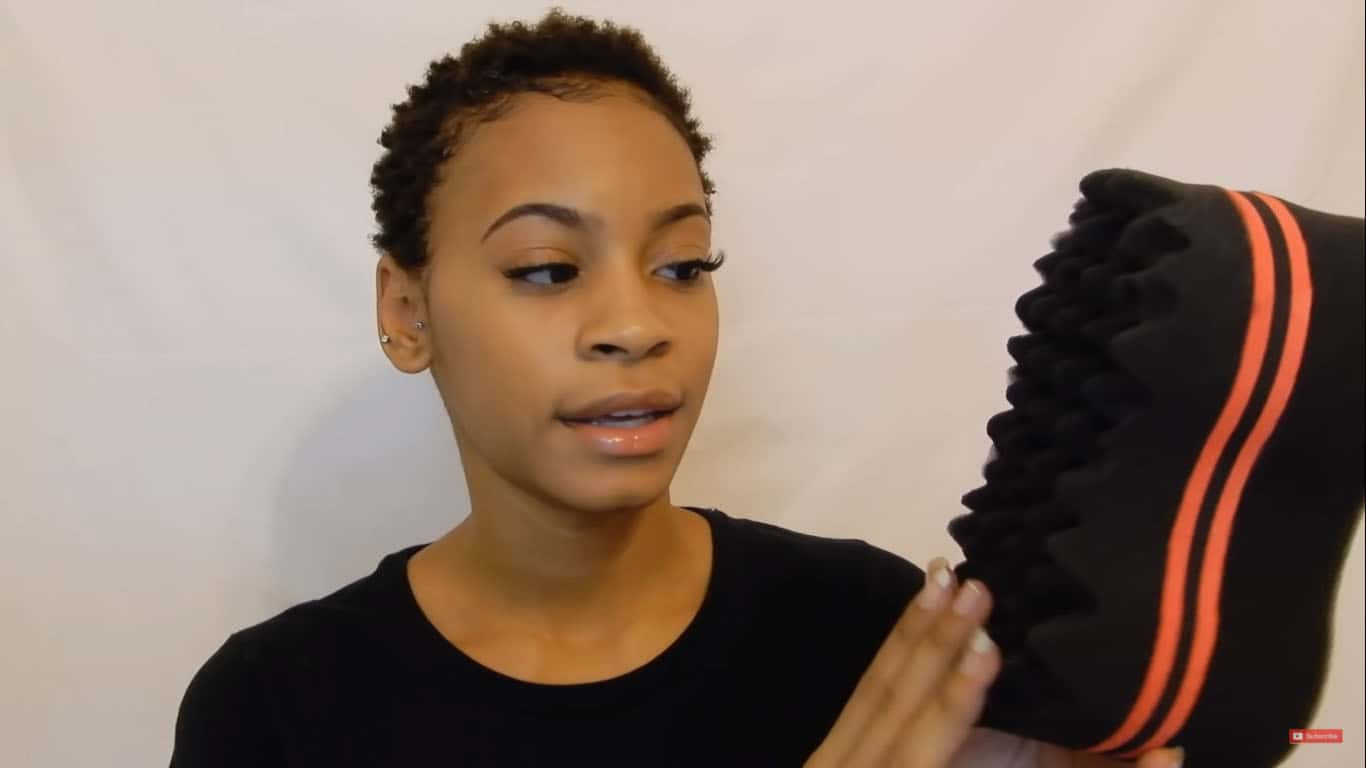 how to use a sponge brush